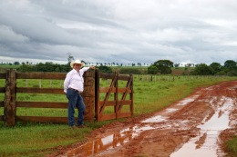 There are 17 gates to pass through in order to get to the house on the ranch.